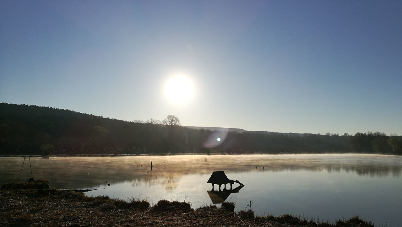 Cold morning Water Lake Nature Tranquility Beauty In Nature No People Sunshine Eyeemphotography Photography Places Morning View Morning Monday Mondaymorning