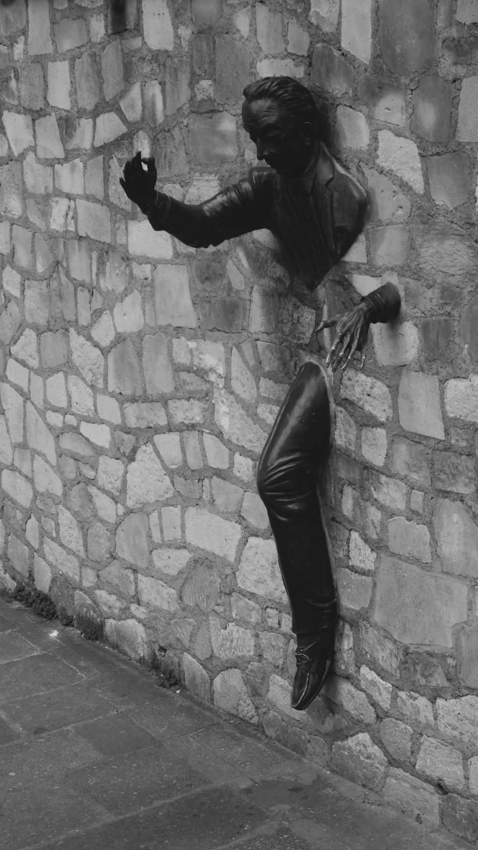 Brick Wall Escape Escape From Reality Escape Of The Dark Dimension Escape The City Exit Full Length Lifestyles Man Panic Reality Standing Statue Streetart Wall EyeEmNewHere Break The Mold Art Is Everywhere TCPM