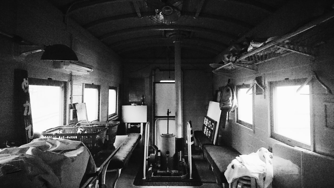鉄道 Railway Japan Monochrome