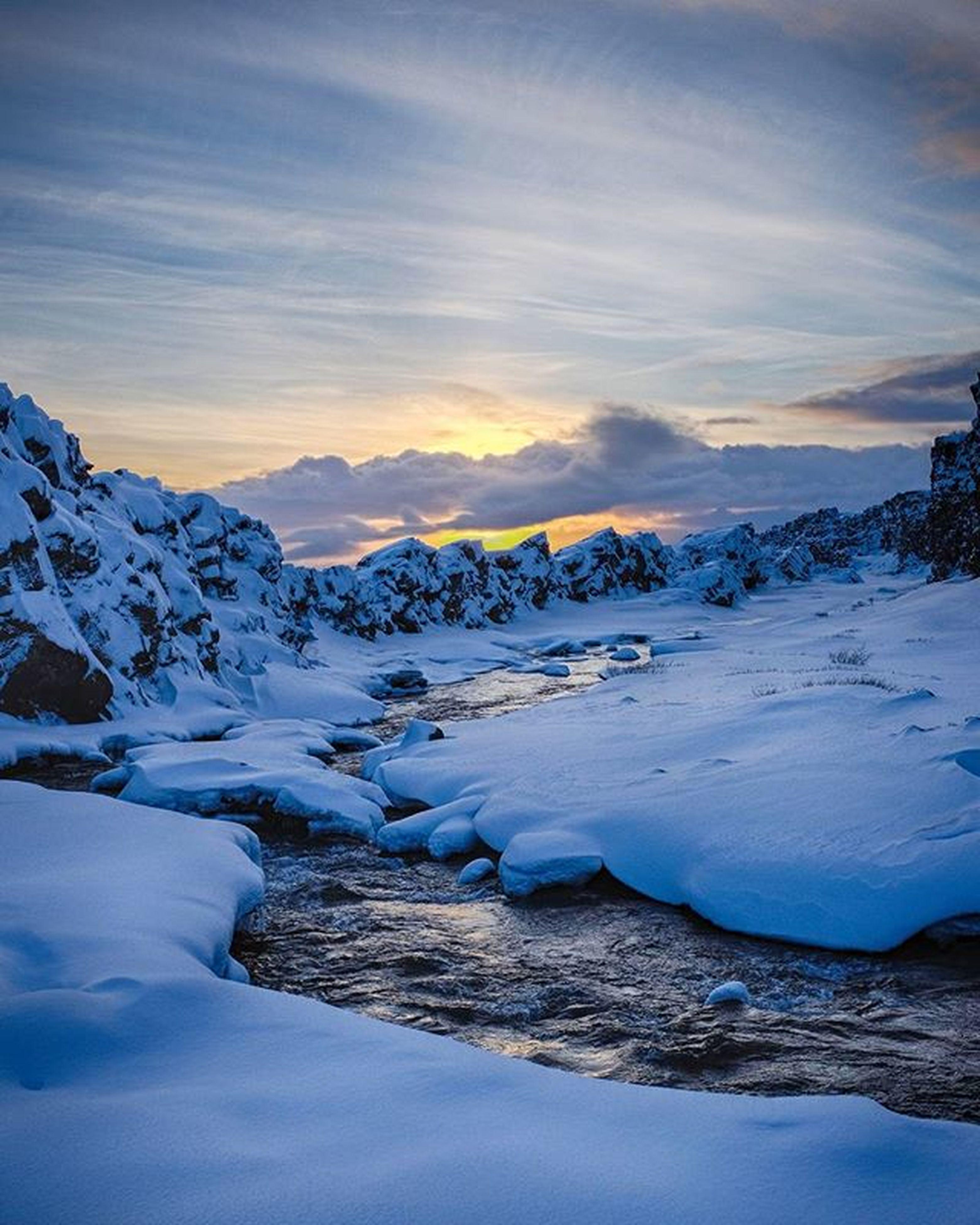 snow, winter, cold temperature, season, weather, frozen, tranquil scene, covering, scenics, beauty in nature, tranquility, snowcapped mountain, mountain, nature, sky, landscape, covered, non-urban scene, white color, sunset