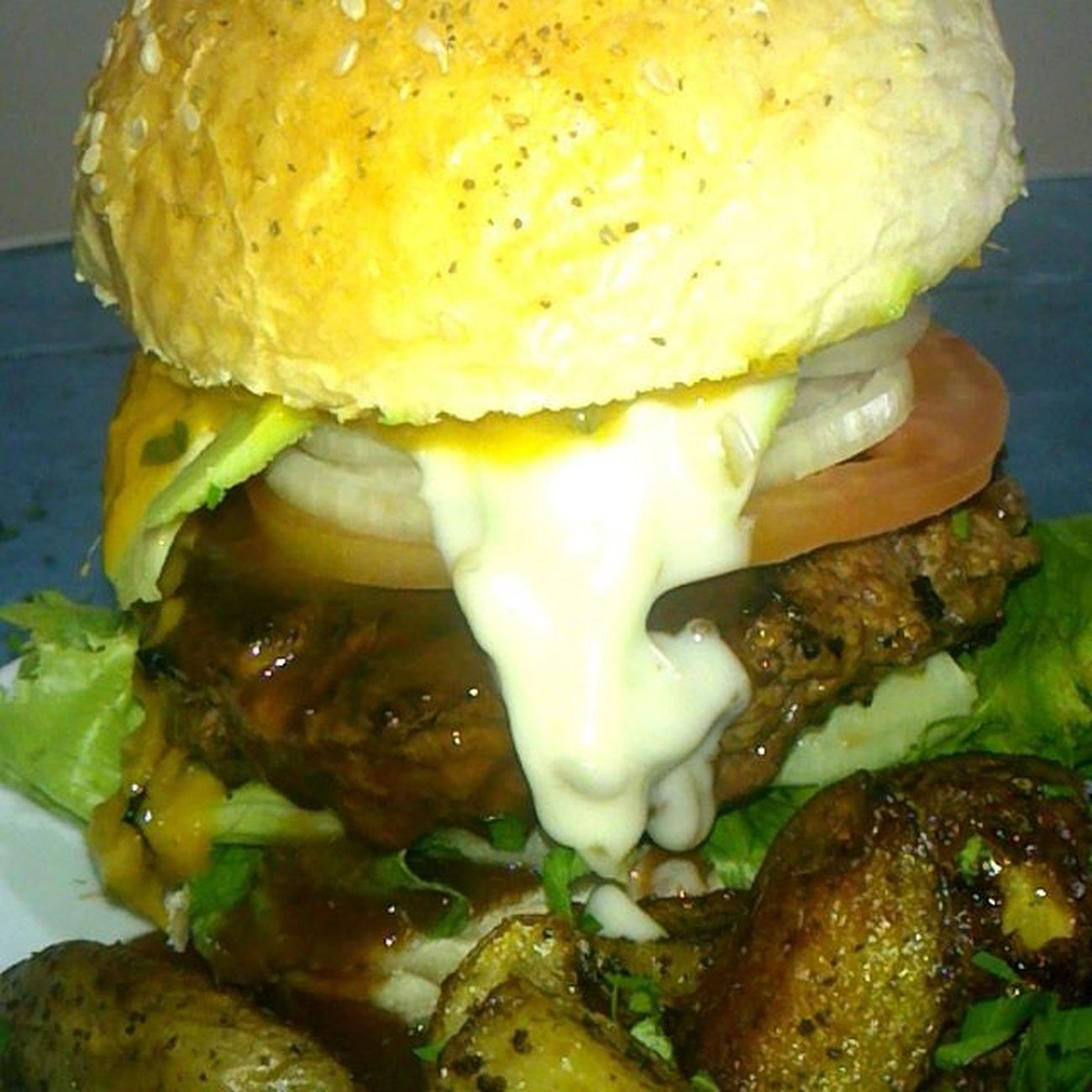 @chef2370 Burgertime Avocado Mangosaucespicy Homemadepotatoe