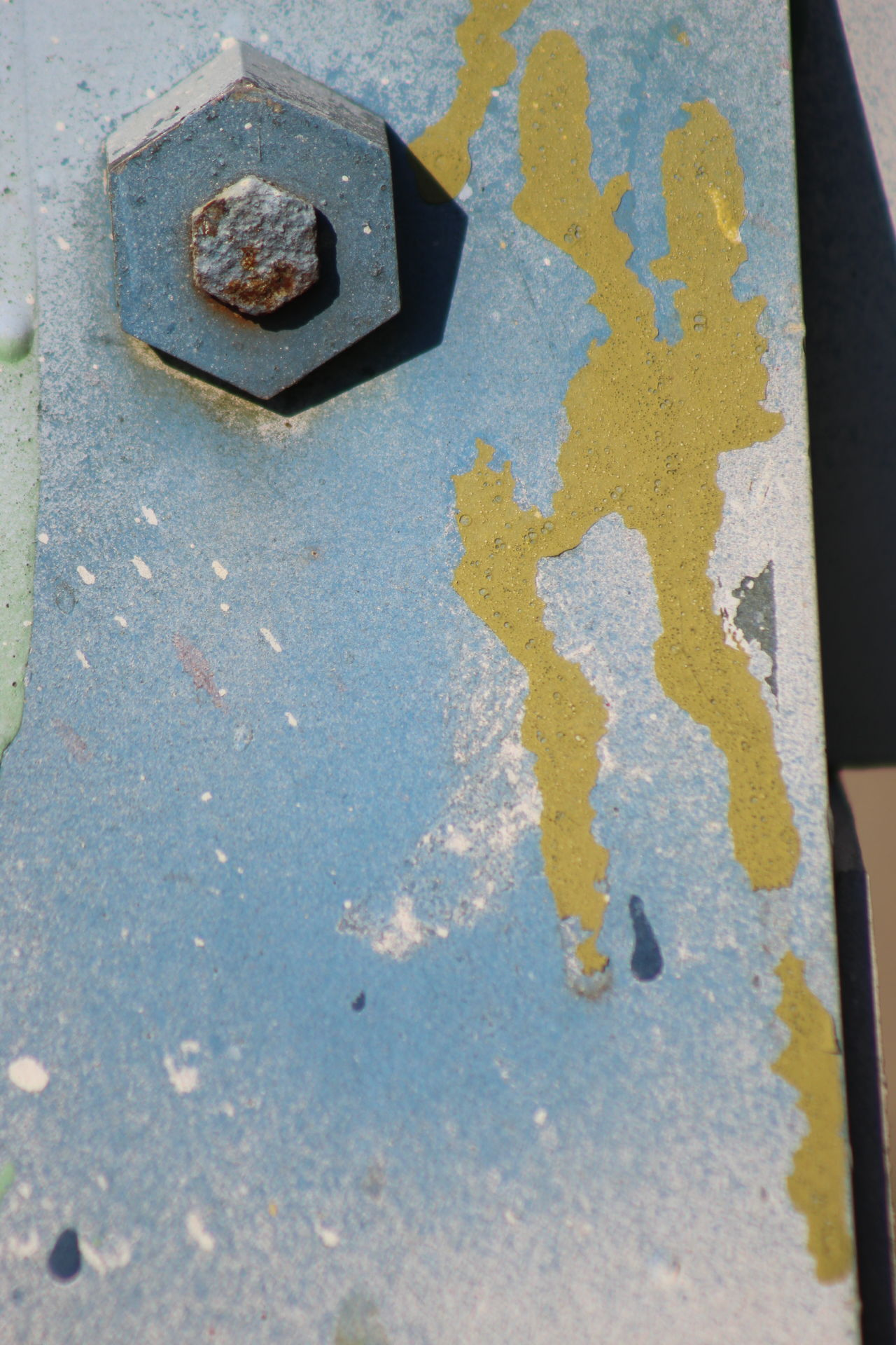 paint and nut drip Close Up Paint Dri Close Up Paint Drip Yellow Close Up Photography Close Up Saw Horse Close-up Nature Close-up Yellow Paint Dri Communication Creativity Drips  High Angle View Industrial Photography No People Outdoors Overhead View Paint Decay Paint Drip Paint Drip High Five Paint Streak Paiperson Drip Road Street Symbol Textured  Yellow Yellow Streak
