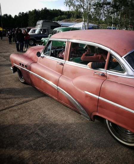 Rock'n'Roll... Car Transportation Day Outdoors Classic Cars US Cars HotRod RatRod Rock'n'Roll Rockabilly Red Red Car Race61 Roadrunners Paradies Cruising EyeEm Selects Chrome