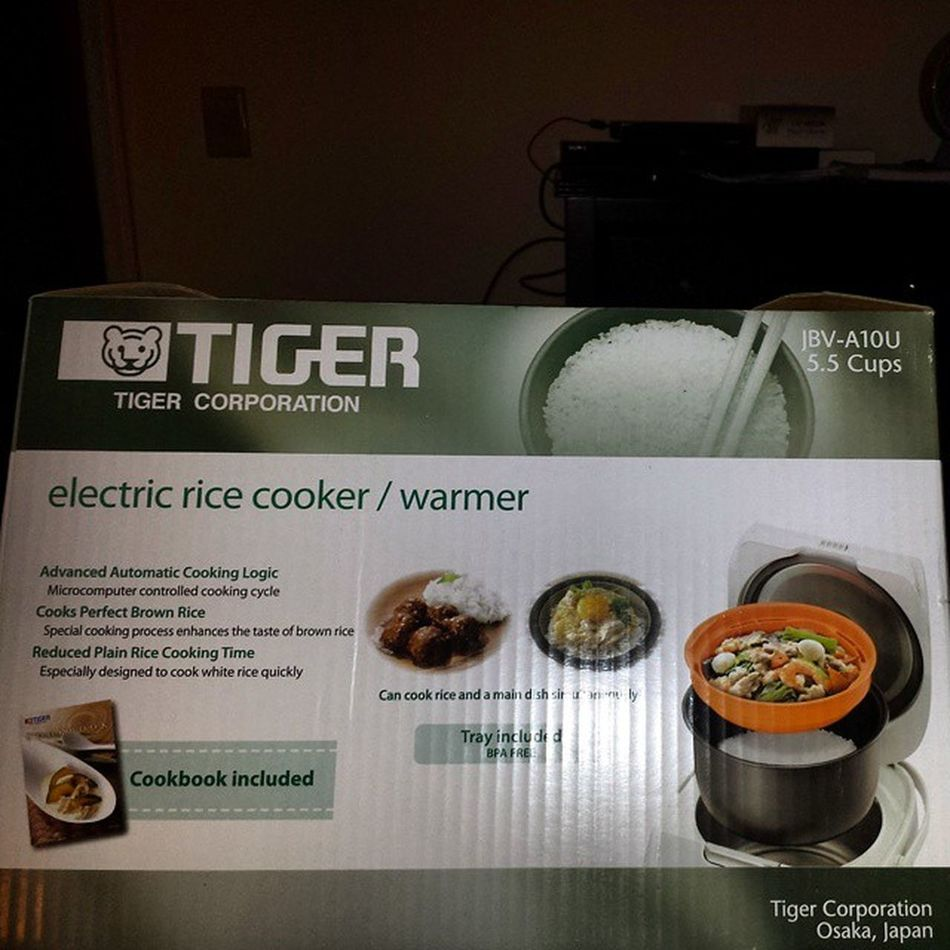 So excited about my Ricecooker from @unekology Bdaypresent Ilovegadgets I can't wait to use it! Dirtythirty