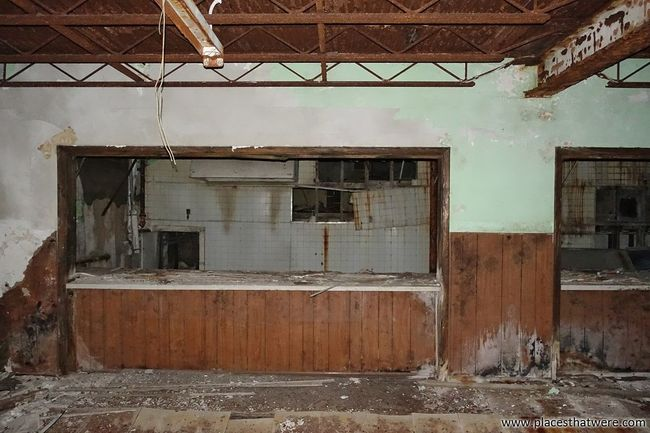 Abandoned cafeteria. More here: http://www.placesthatwere.com/2016/09/creepy-abandoned-schools-of-rural-iowa.html Abandoned Damaged Deterioration Bad Condition Ruined Weathered School Cafeteria School Cafeteria Kitchen Abandoned Places In Iowa Abandoned School Decay Creepy Tiles Iowa Abandoned & Derelict Urbex Urban Exploration Abandoned Places Abandoned Building Clutier Abandoned Iowa Water Damage Run-down