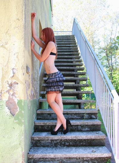 #beauty #girl #hells #Legs #RedHead  #sexy #skirt #polkadot #bored #standup Slim