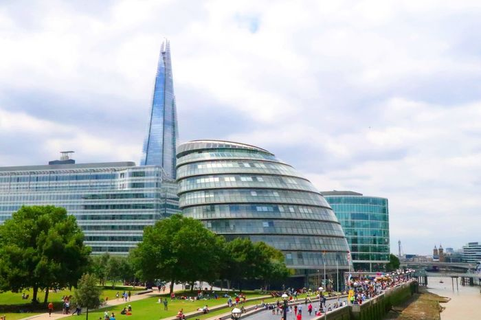 Landscape_Collection Uk Travel Tourist Attraction  Scenery Shots Scenics Trees Cityscape Travel Destinations City London EyeEm Selects Landmark Built Structure The Shard City Hall EyeEm LOST IN London