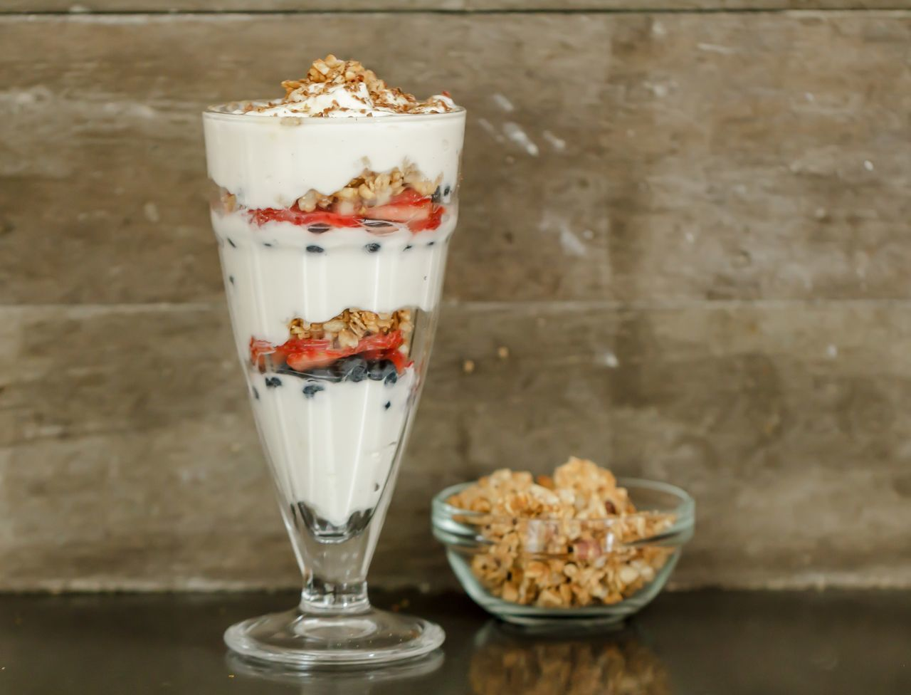 Banana Breakfast Chia Chia Seeds Close-up Cream Dairy Product Day Fit Food Fitness Food And Drink Freshness Fruit Granola Healthy Eating Healthy Recipe Indoors  No People Oatmeal Oats Protein Protein Recipe Ready-to-eat Recipes Yogurt