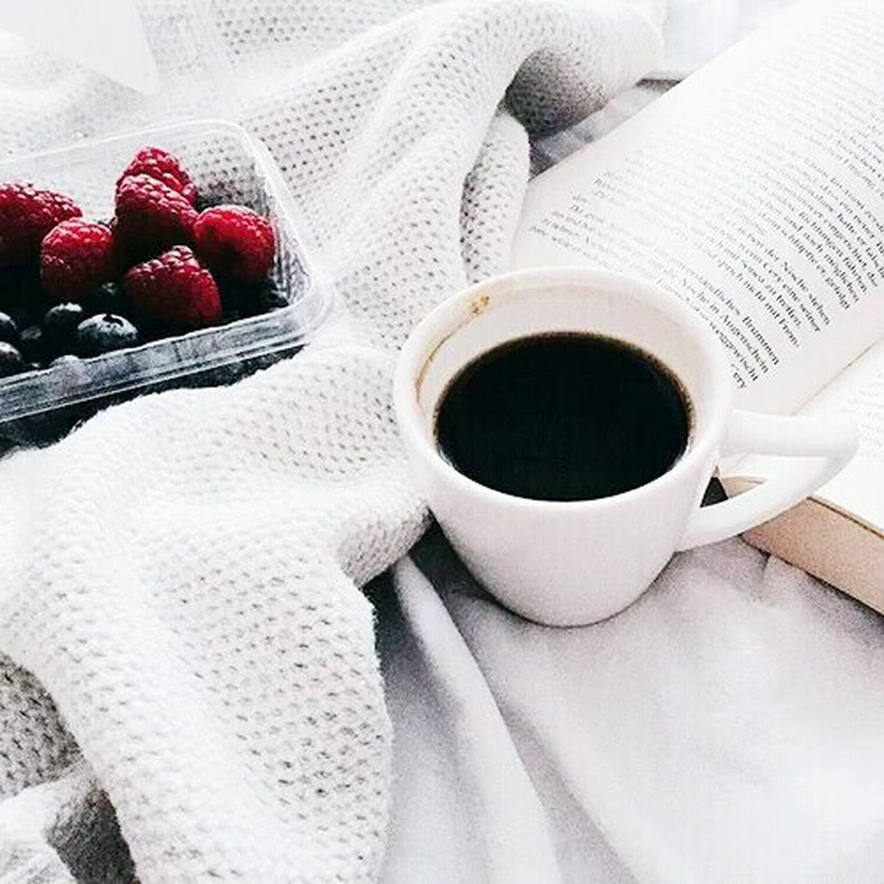 coffee cup, coffee - drink, food and drink, drink, refreshment, table, freshness, no people, fruit, indoors, red, close-up, day, food