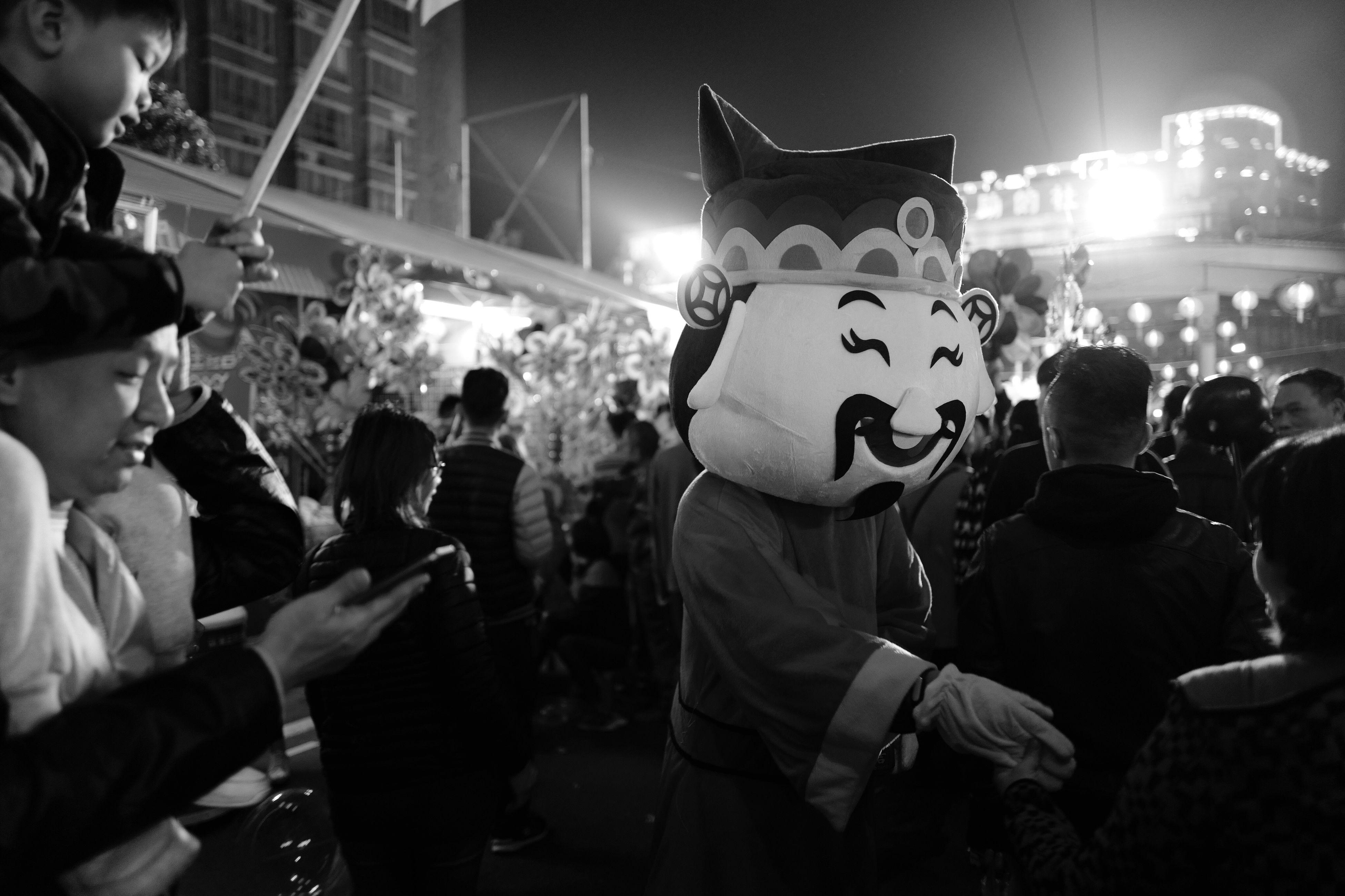 Leicaq QME Night Chinese New Year Black & White