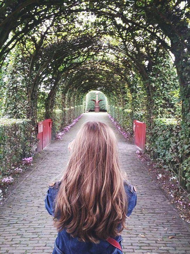 Let Your Hair Down Hair Muiderslot Muiden Netherlands Garden Green Feel The Journey
