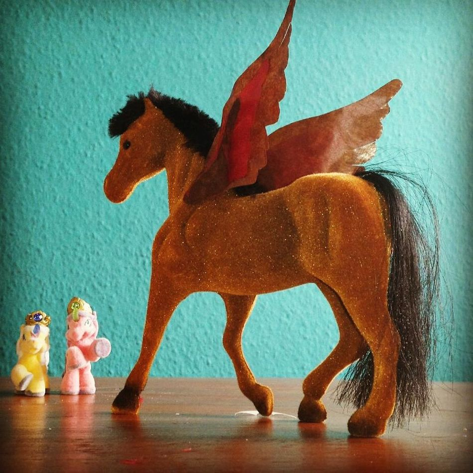 Horse flying brown toys Animal Representation Figurine  Indoors  Statue Elephant No People Childhood King - Royal Person Representing Mammal Day Pegasus Domestic Animals Playing Kids At Play DIY At Home Children Only Child Figurine  Indoors
