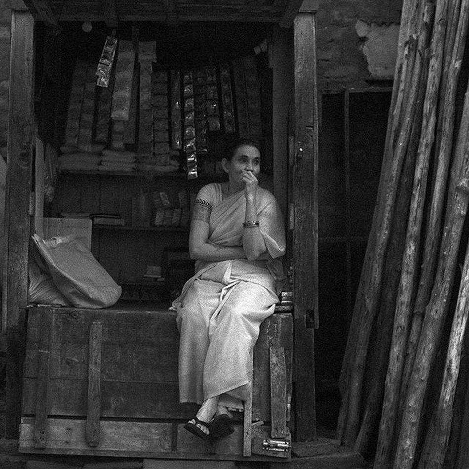 Porträtt Portrait_master Portrait Phototag_bnw Phototag_it Protraits_ig Portrait_today Protrait_prefection Stunning_shots Simplyprotraits Rsa_protraits Bestprotraits Ig_photooftheday Igworldclub_bnw Streetphotographers _soi _oye Storiesofindia Indiagramtravel India_ig India_91 Inspiroindia Igramming_india India_gram Inspired_traveller passionpassport ourplanetdaily lonelyplanetindia