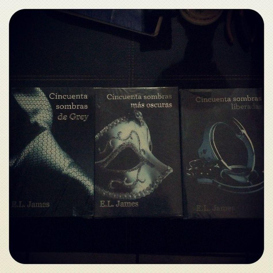 Amo a mi mami y papi<3 Libros 50Sombras Oscuras Liberales regalo