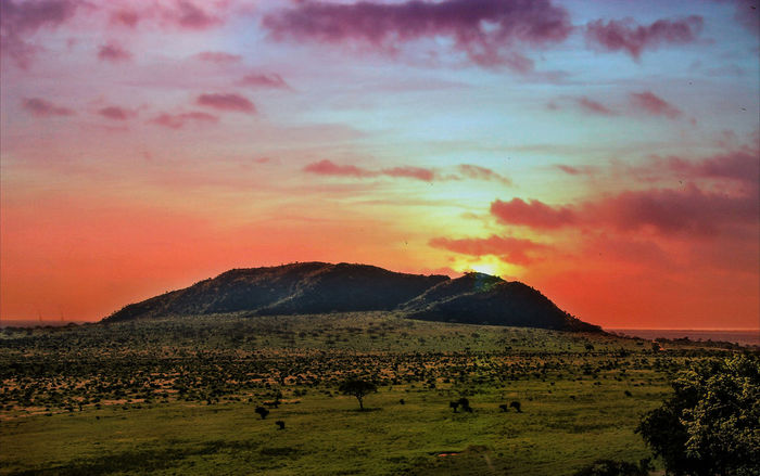 Africa Landscape Beautiful Nature Nature Sun Behind Mountains Twilight Africa Scenery Beauty In Nature Cloud - Sky Clouds And Sky Endless Wide Landscape Mountain Peaceful Landscape Scenery Scenics Sky Sunrise Sunset Tranquil Scene Twilight Scene Twilight Sky Twilight View Betterlandscapes