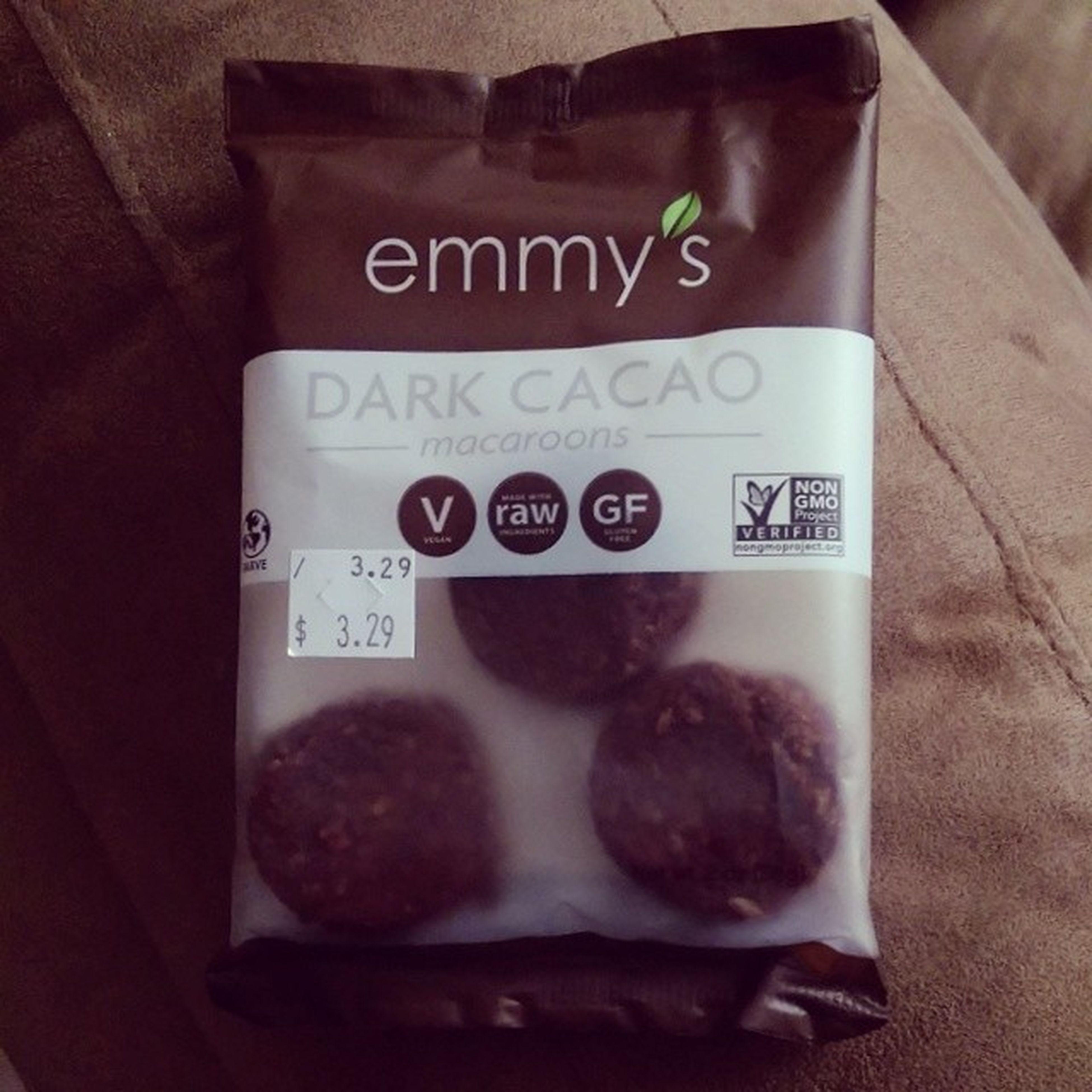 Darkcacao Macaroons Vegan Raw nongmoprojectverified emmysorganics madeinnewyork