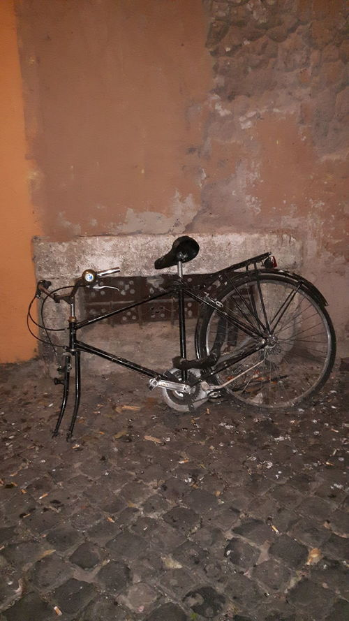 Bicycle Transportation No People Stationary Abandoned Outdoors Day Rome, Italy Trastevere