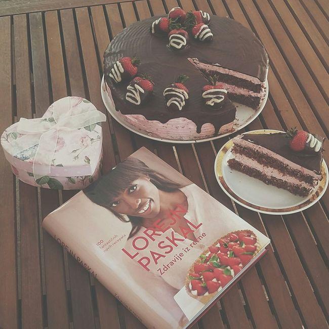 Mealtime Lorraine Pascale Birthday Strawberry Cake