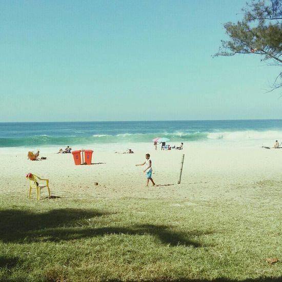 Quintal de casa Recreio Beach Posto11 Alfabelle todo carioca e feliz !