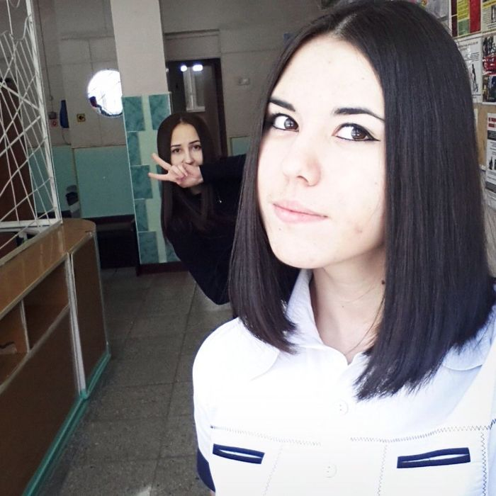 School Cute Nice Friend Girls Beautiful Day Selfie Siberia Faces 15YearsOld