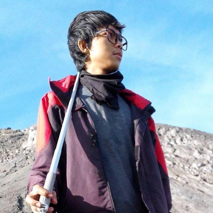 THE SUNRISE HUNTER -------------------------------------- Goodmorning INDONESIA Mountain Merapi Volcanoes Hiking Climb Sunrise Adventure People Pendaki Gunung Summit Emotion Adventure Trip Masl Mdpl