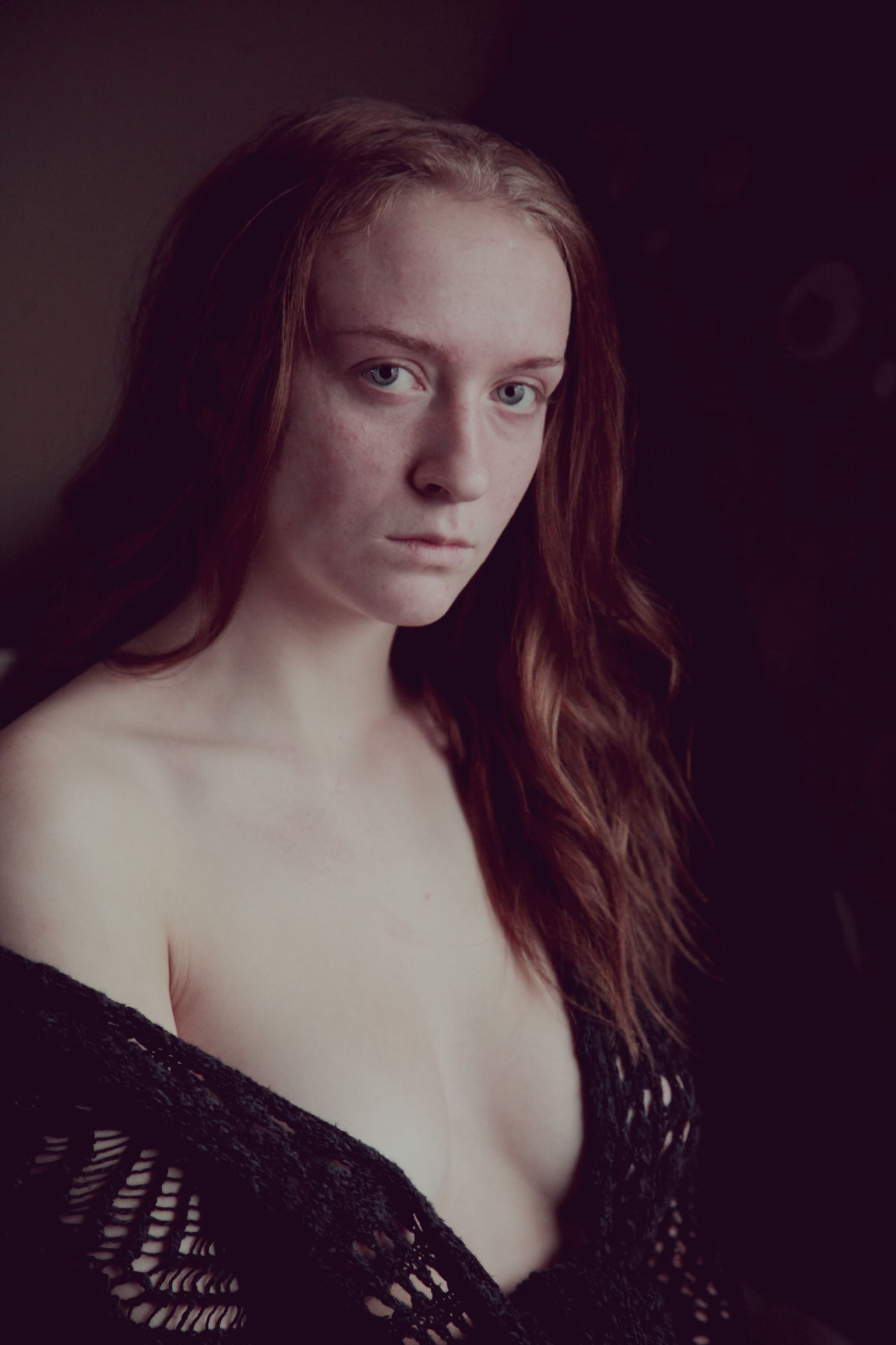 My modern day Mona Lisa. Atmospheric Mood Beautiful Woman Beauty Dark Eyes Front View Girl Heart Innocence Lonely Long Hair Looking At Camera Love Medieval Monalisa Mood One Person Pale People Portrait Red Hair Sadness Young Adult Young Women