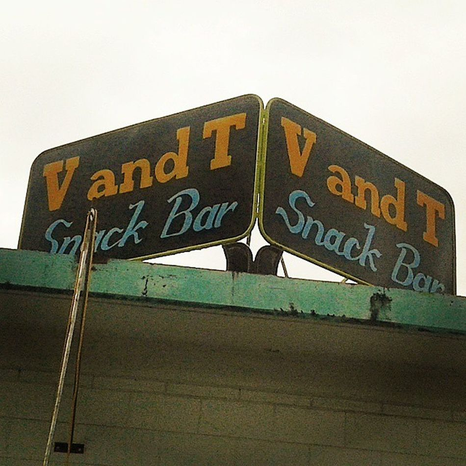 VandTsnackbar at cubi point sbma near crown peek subic. A classic Delicious treat for a whole family.