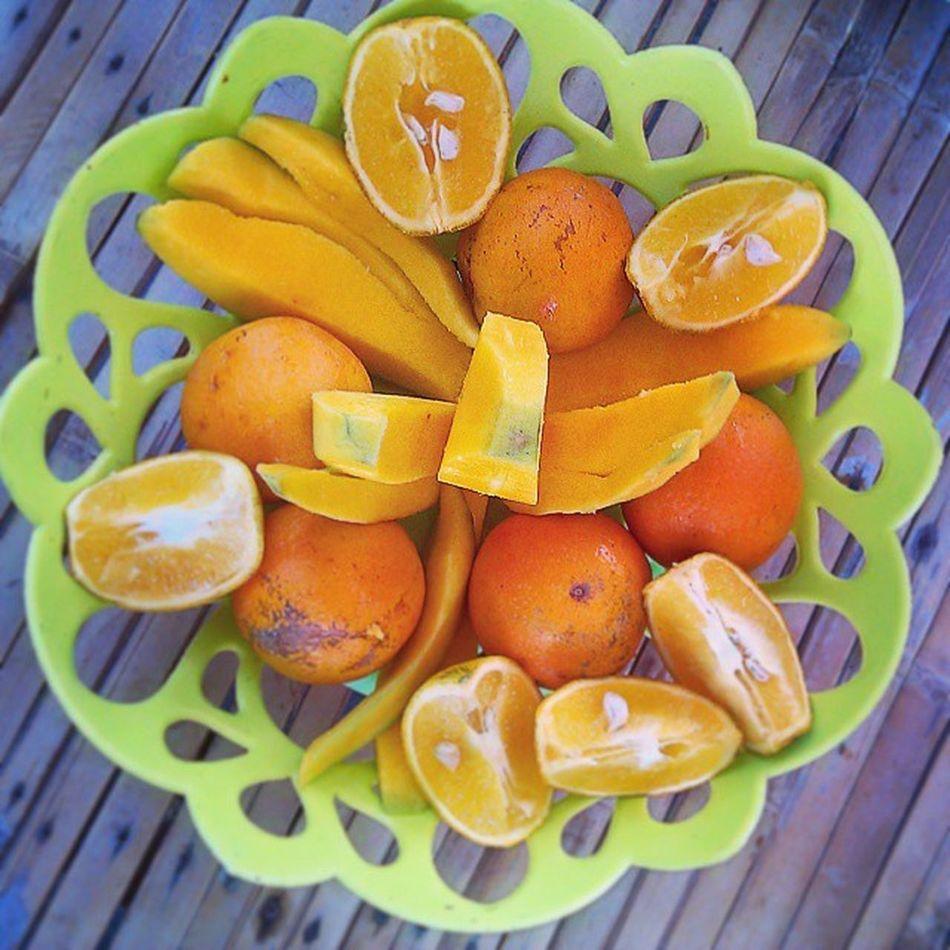 Orange Manggo duet :) Nice Morning InstaLamongan Instamag Favoritefood Fresh MorningCooking Orange