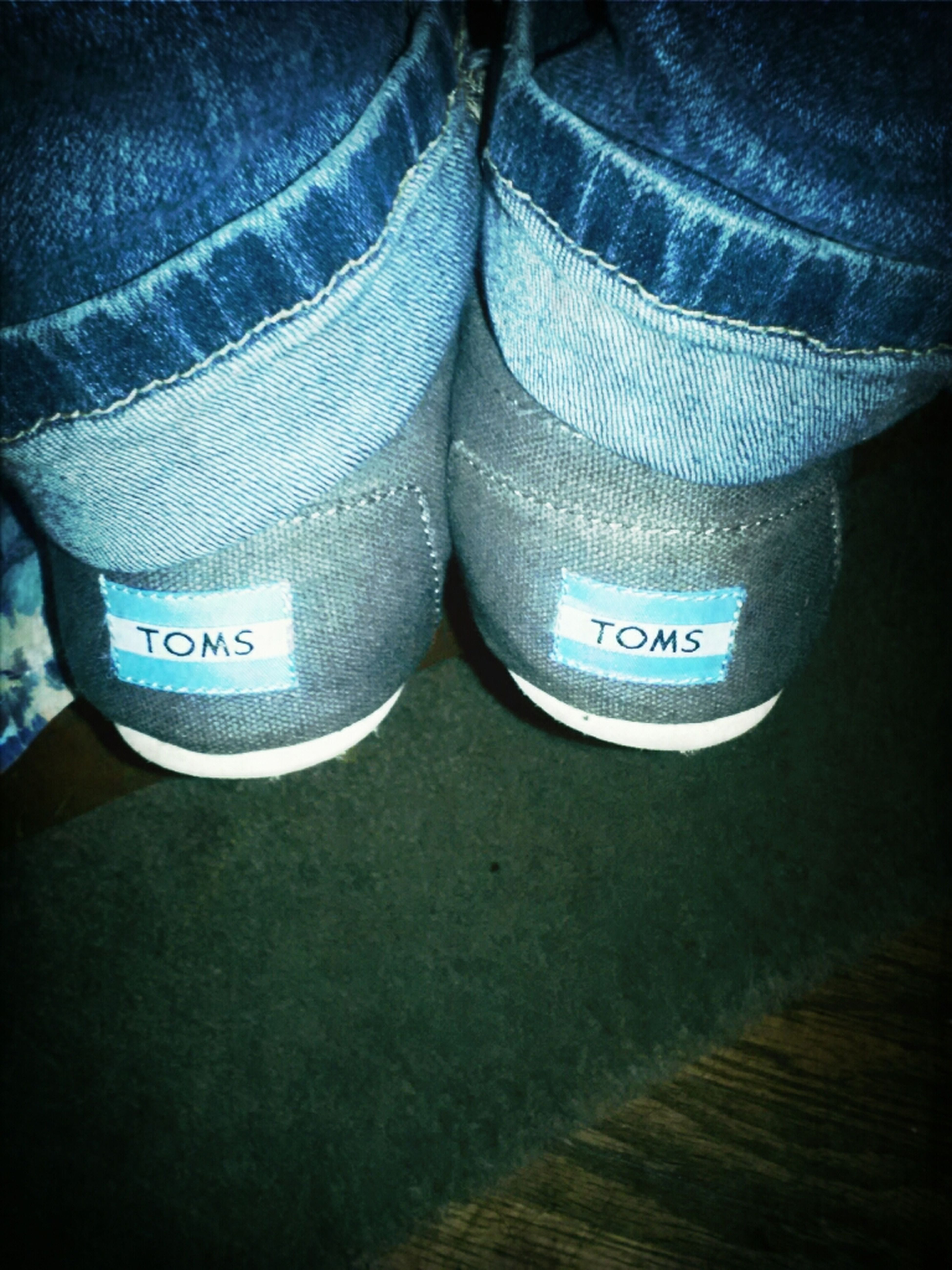 Love My Toms, Comfyyyy