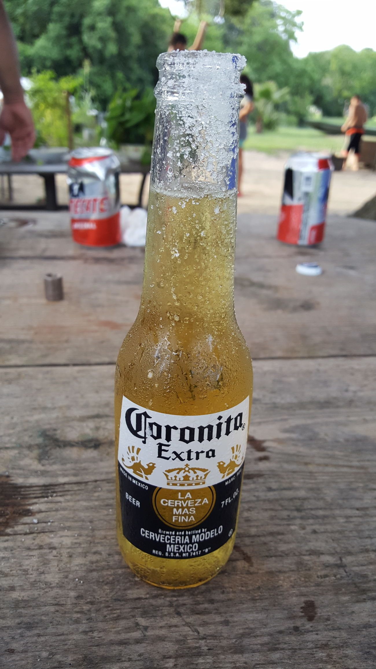 Thirsty.... Hanging Out Family Time Check This Out Sunday Texas Heat Summertime Enjoying Life Streamzoofamily Androidography Drink Up Cold Beer