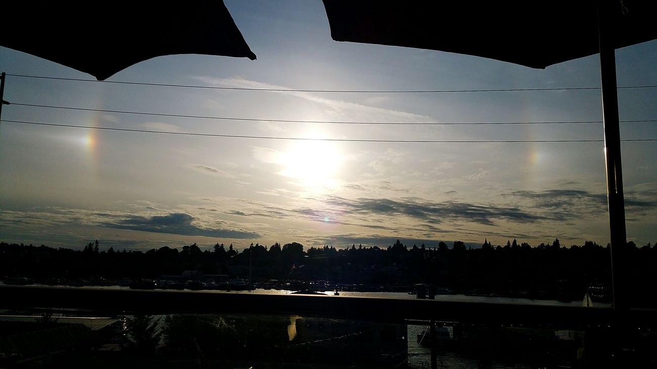 Sun Dog. Sundog Seattle Eastlake Washington Sky