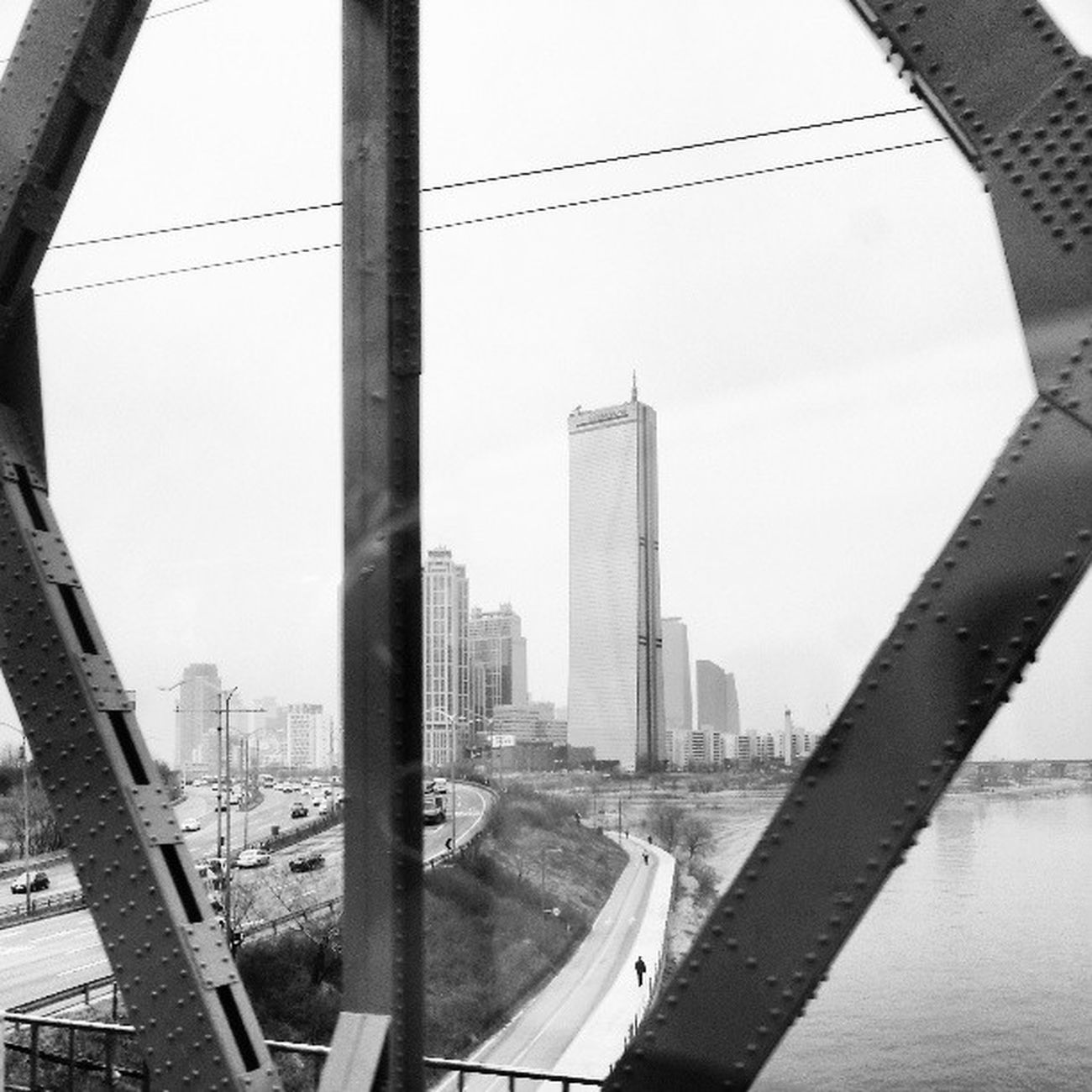 '63 Building'. Picture taken from the KTX heading towards Busan on April Fool's Day.SamsungS111 Webstagram Instagrammers Bnw_worldwide Gang_family Walkwaywhy Bws_world Bws_artist_asia Overhung Instasg Photogeekdom Snappeak All_shots Latergram Instagramhub