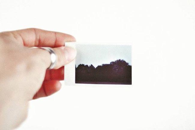 Retrò ☯ Polaroid Snap Istantanea Reto Dark Vintage Style Ring 60s Pop Majoclock Retroeffect Instavintage Instashot Snaps Oldstyle Instagramers Instastyle Picture Like Memories Football Photooftheday