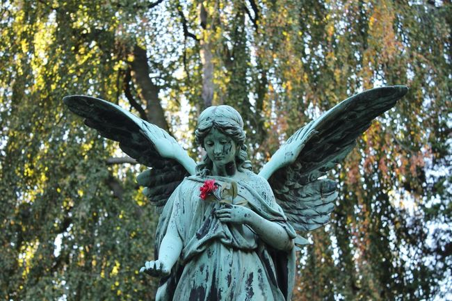 Graveyard Beauty Cemetery Photography Historic Cemeteries Angel Statue Cemetary Beauty Sorrowful Watching Over Me Rest In Peace ❤ In Memory Of The Purist (no Edit, No Filter)