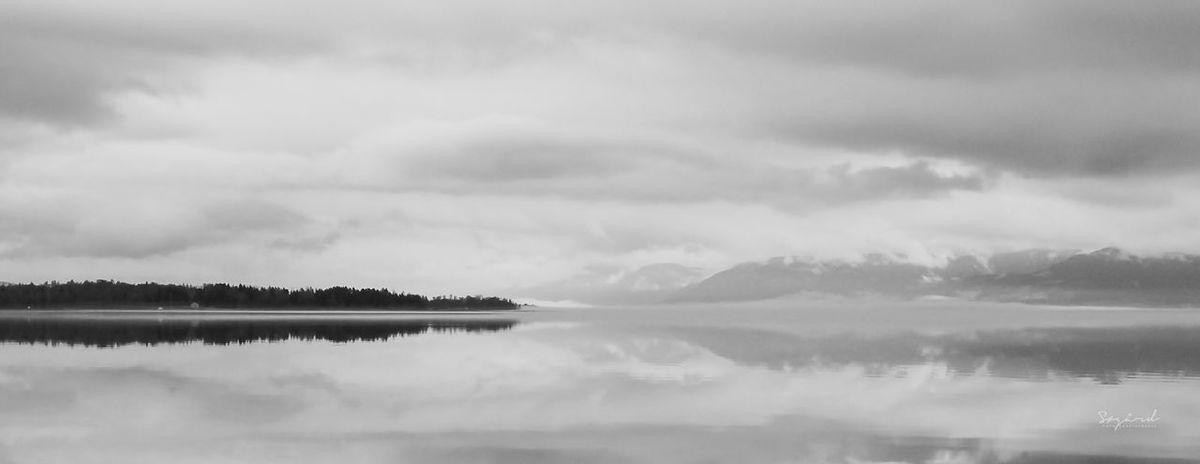 Moody feel at Mjøsa in May. Image taken in Hamar, Norway. Blackandwhite Water Hamar Norway