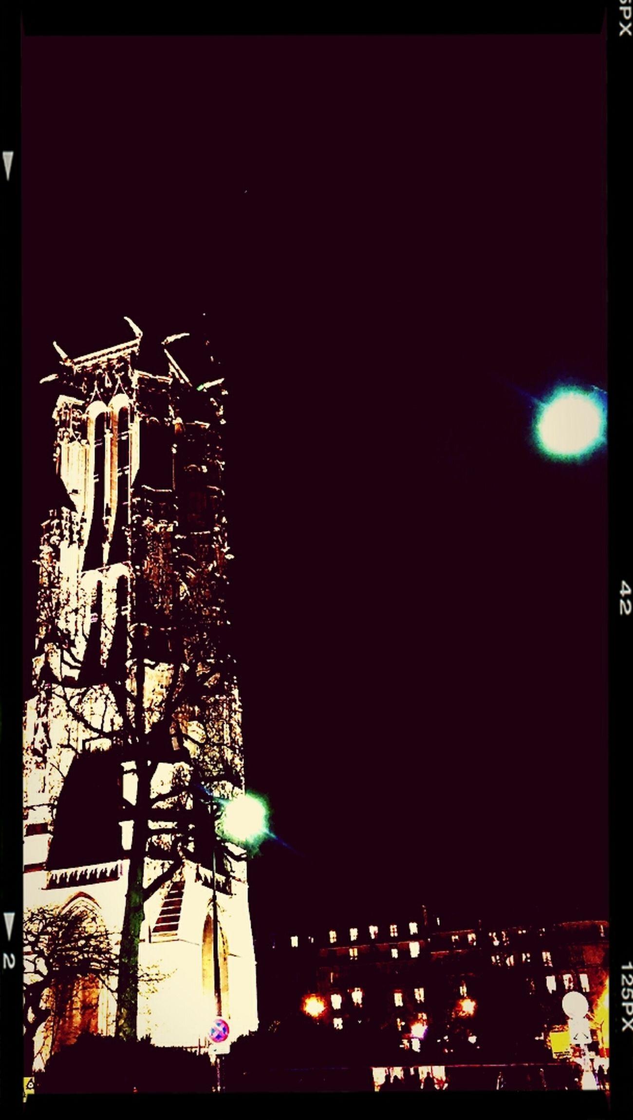 Rue De Rivoli, Paris. Tour Saint-Jacques Paris ❤ Tourism