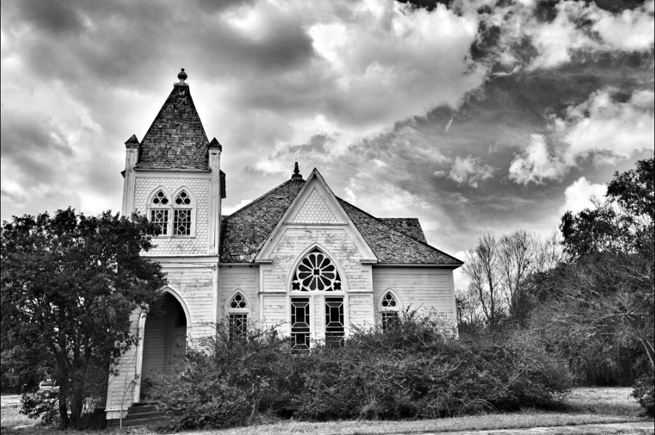 Blackandwhite Church Abandoned Gonebutstanding EyeAmRuralAmerica EE_Daily: Black Sunday