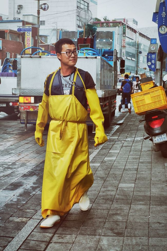 Jagalchi Market (부산 자갈치시장) Apron City Life Day Fish Market Full Length Leisure Activity Lifestyles Market Outdoors Portrait Portrait Photography Portraits Rubber Rubber Boots Worker Working Working Hard Yellow Streetphotography People Photography