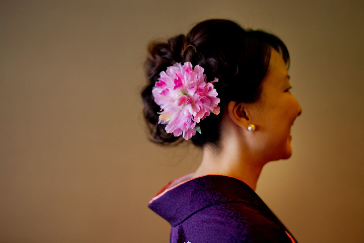 Close-up Flower Hairstyle Headshot Japanese Culture Kimono Leisure Activity Pink Color Portrait Purple Smiling The Portraitist - 2016 EyeEm Awards Girl Power Ultimate Japan Millennial Pink