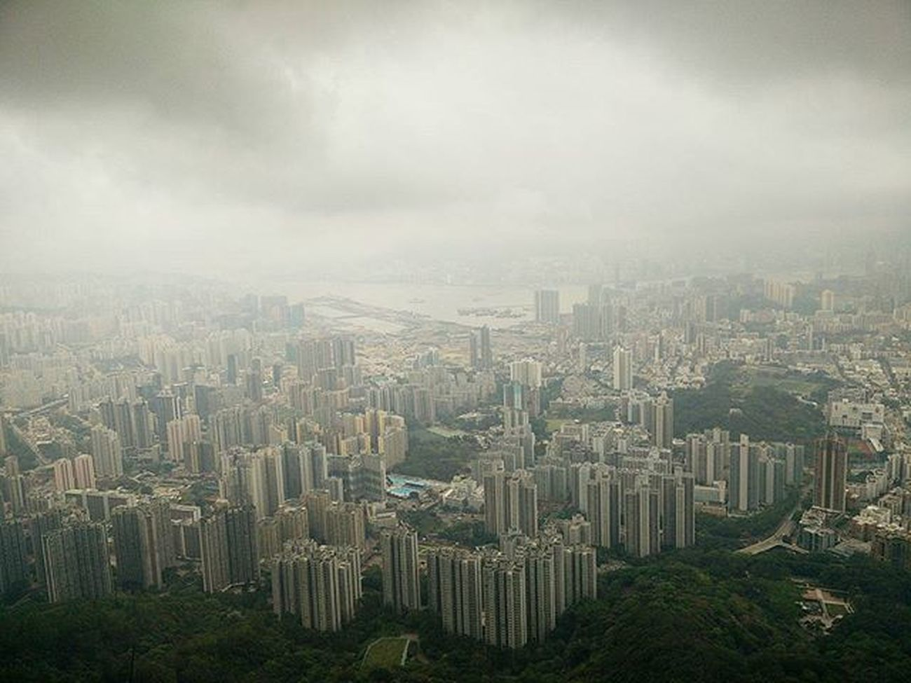 ☁🏙☁ View from Lionrock 🦁 on a very Cloudy day Hiking Shatin Hkig