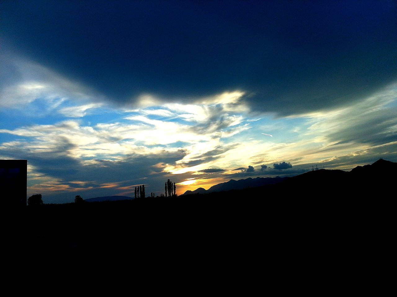 silhouette, sky, sunset, no people, cloud - sky, nature, architecture, built structure, outdoors, building exterior, beauty in nature, day