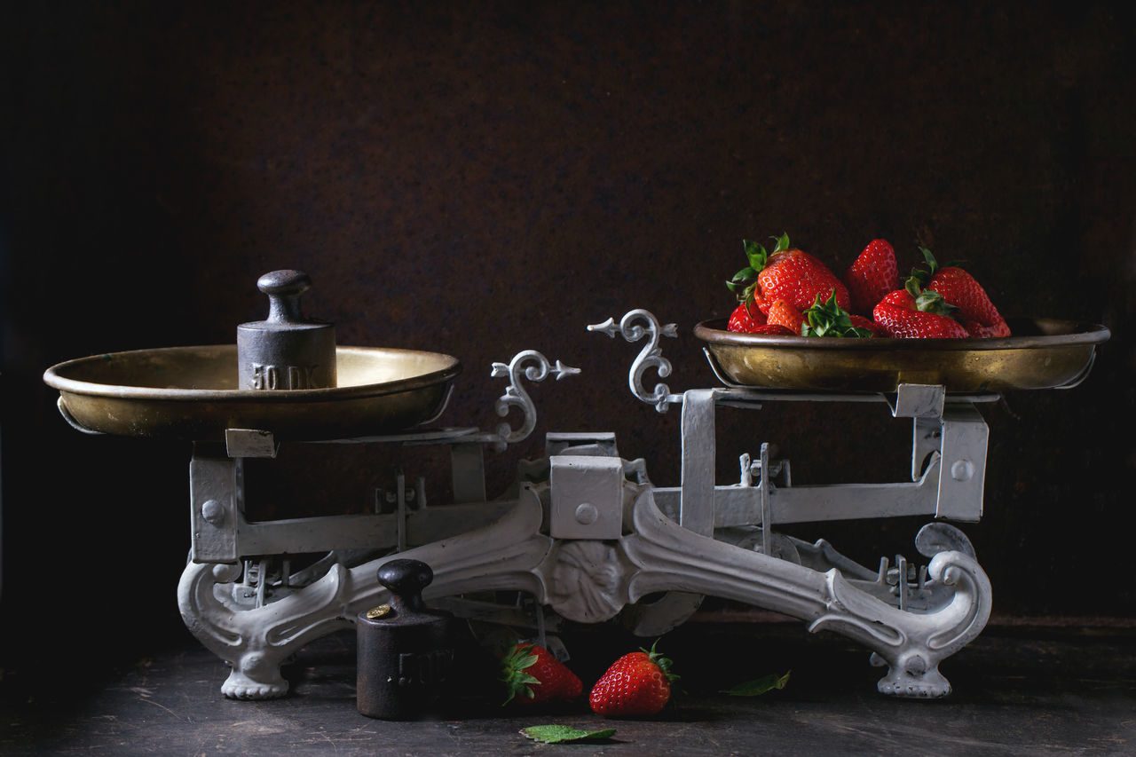 Weights and vintage scales with fresh strawberries over dark background Antique Berries Berry Black Dark Photography Dessert Fresh Freshness Fruits Harvest Heap Old-fashioned Scales Strawberries Strawberry Summer Sweet Vintage Vitamin Weights