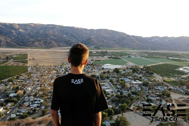 a oix I took for @easeteamco Ease Easeteamco View Amazing View Mountain View Hike Town Skater Photography Streetfashion