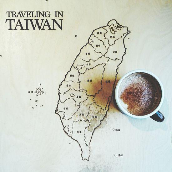 ☕,年貨大街人好多🙊。 迪化街 Coffee Latte Taiwan