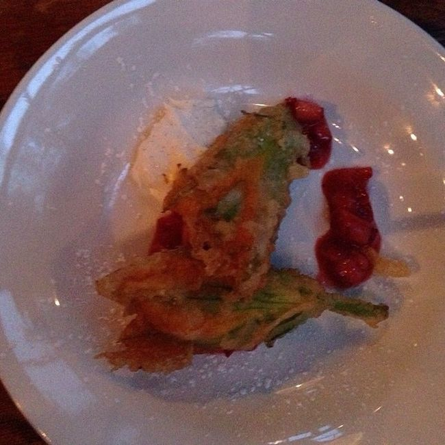 Squash blossoms stuffed with marscapone cheese Nomnombomb ExpensiveWinos TheVille Streamzoofamily