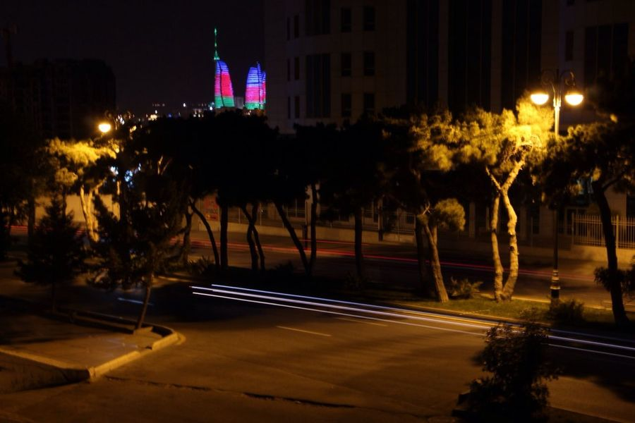 a night of baku. long exposure Flametowers