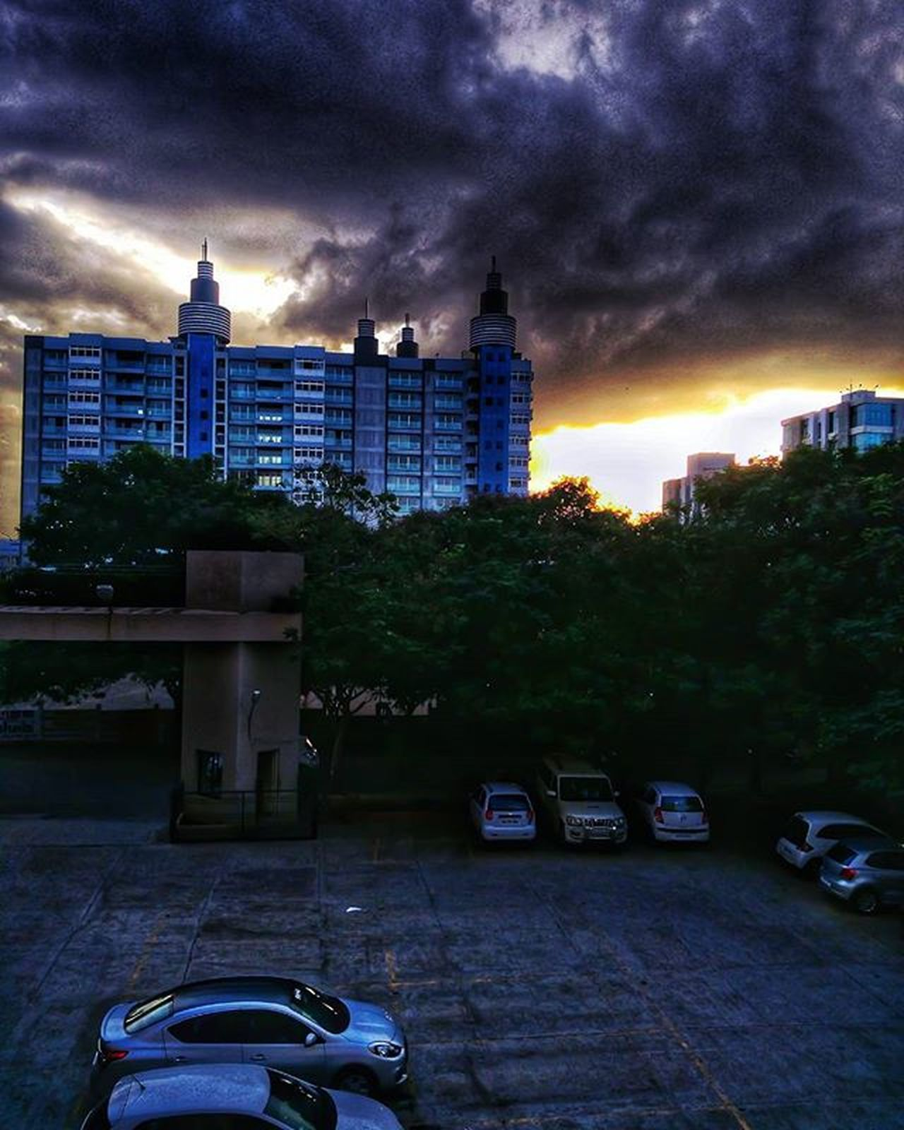 No, its not raining outside, nor its too dark yet, nor does the sun shine so brightly. Yet the picture depicts so much of all three... Clouds Landscape Cityscape Cloudporn Sunset Illusion Instagram_rajkot Instapic Insta_upload Mobileclicks Mi4 © Jeet Pipalia