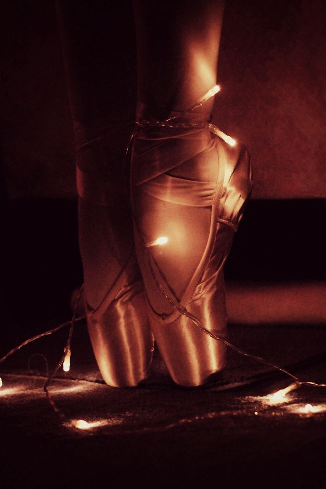Ballett Ballerina Christmas Lights Love PointeShoes  Christmas Around The World Germany