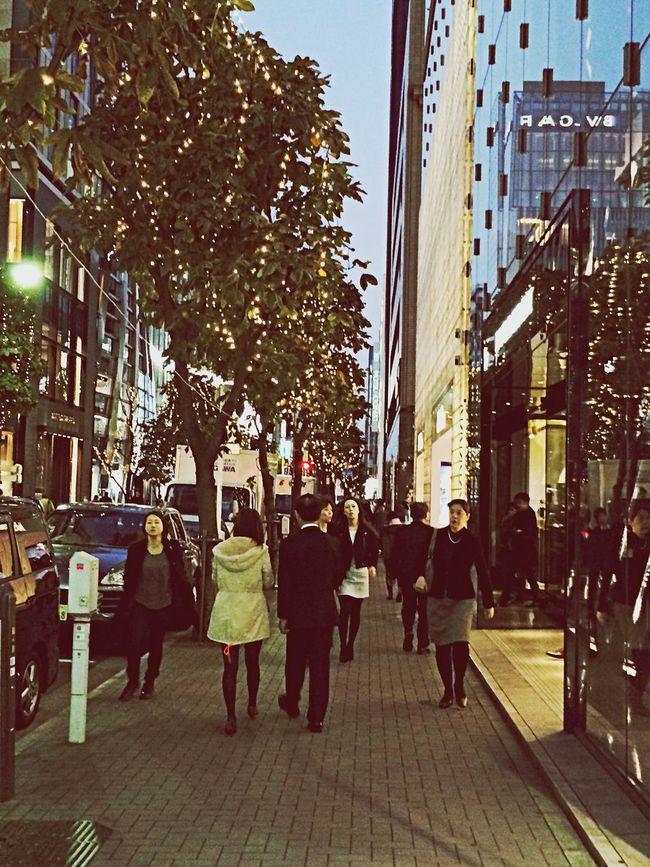 銀座のイルミ People Japan Tokyo Days