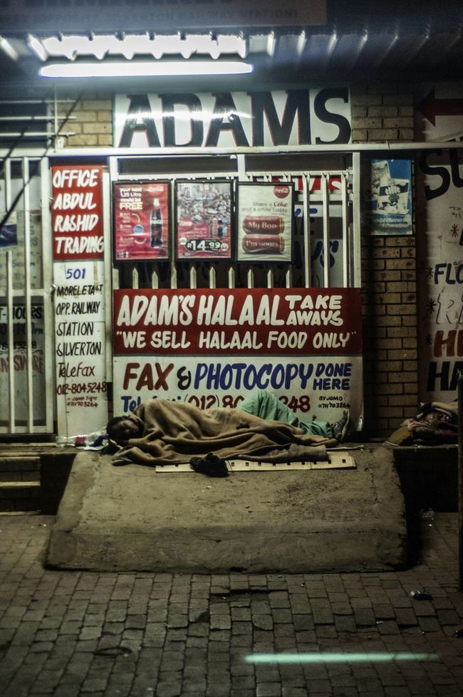 Streetphotography Documentaryphotography Pretoria Photography Marius Bester The Human Condition Homeless Street Life Living Large ✊ On The Road To Riches